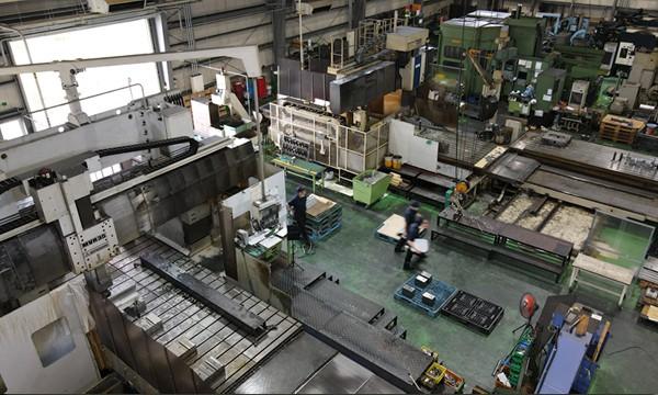 一貫生産を可能にする豊富な設備 設備ページへ